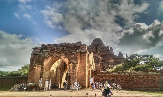 Dhammayangyi Temple - đền lớn nhất Bagan